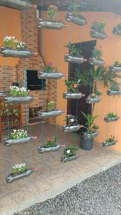 Jardim vertical garrafa PET area