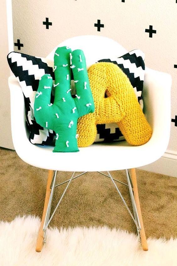 almofadas divertidas decoraçao cadeira