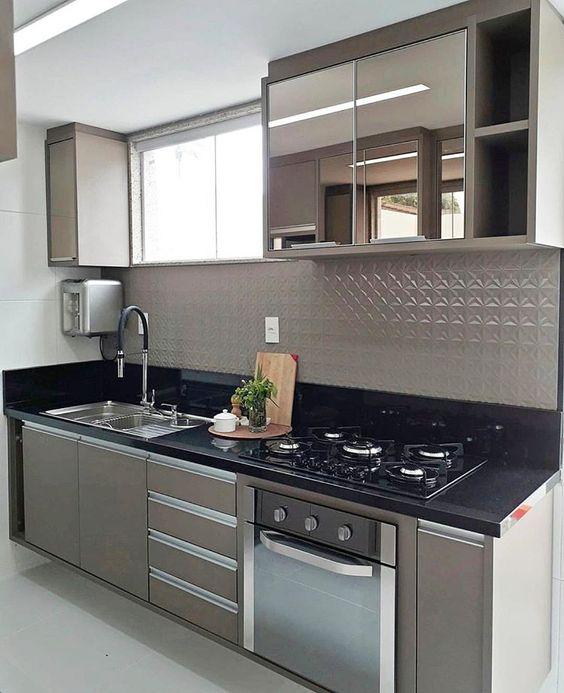 armario cozinha planejado marron