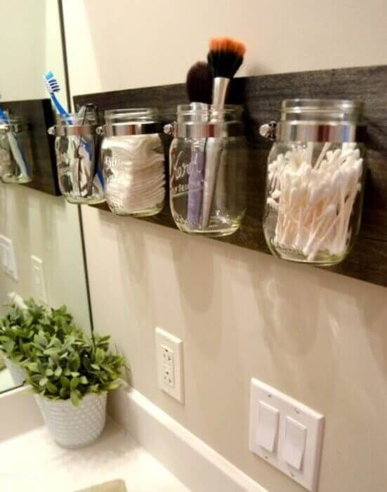 como organizar banheiro simples potes