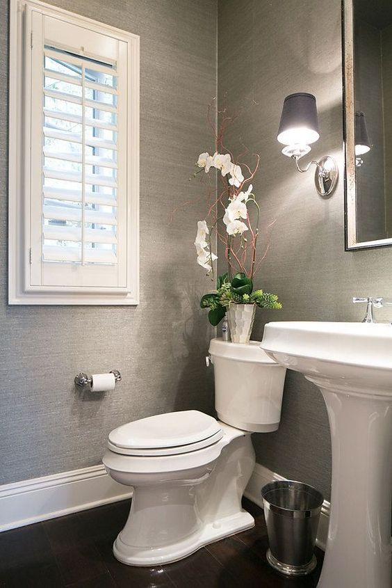 cortina banheiro pequeno veneziana