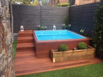 deck piscina pequena