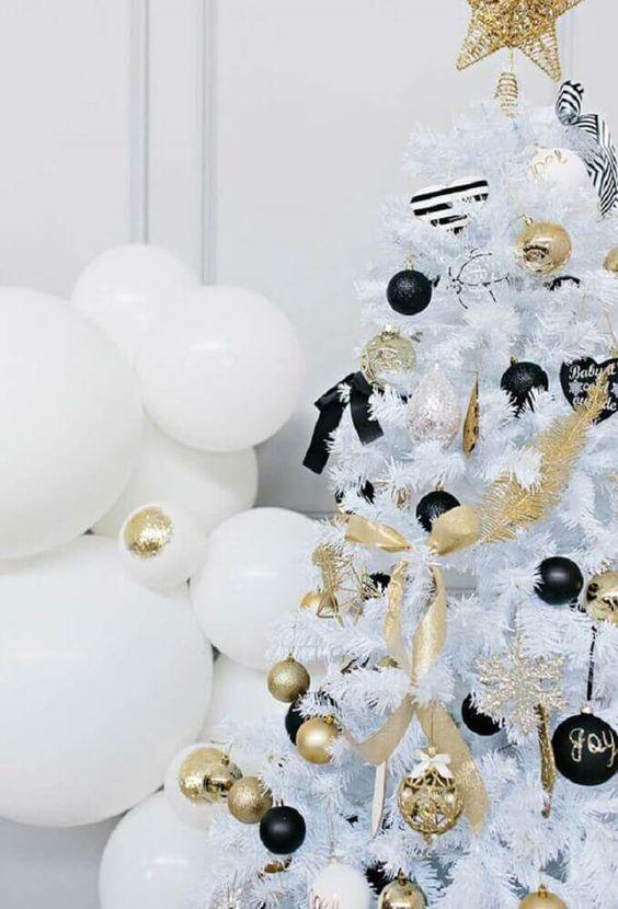 decoracao arvore branca preto dourado