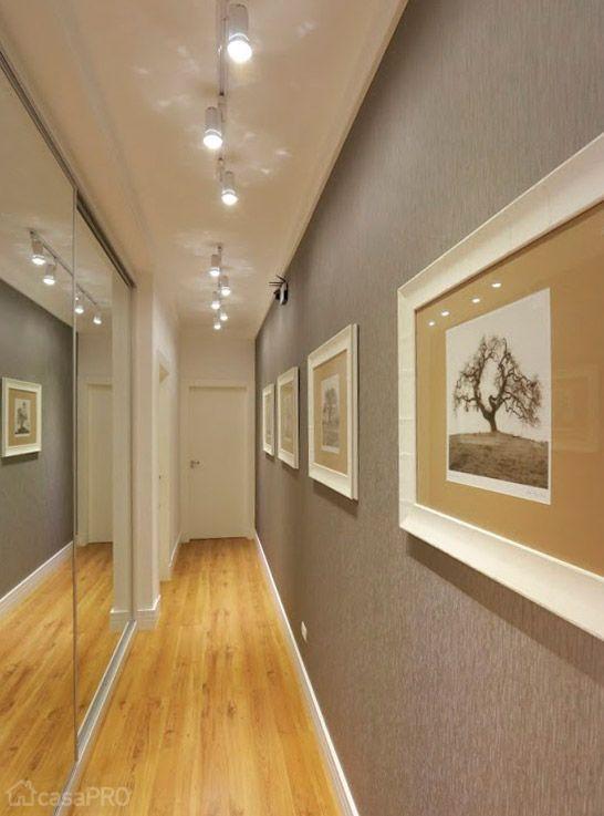 decoracao corredor cinza espelho