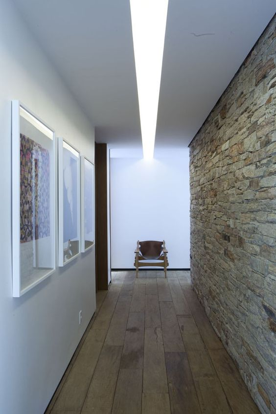decoracao pedras corredor