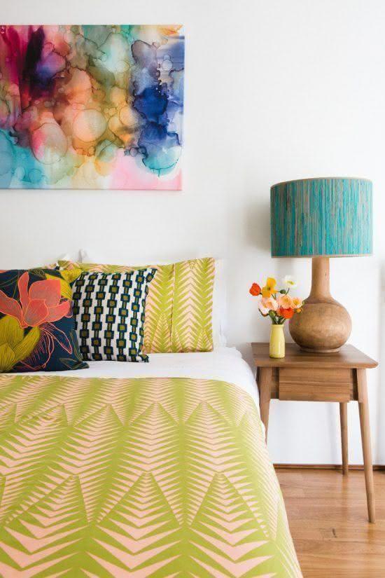 decoracao quarto casal moderno colorido amarelo