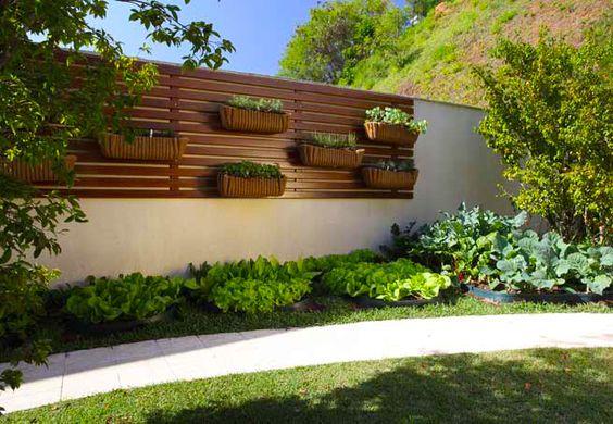 ideias muros decorados jardim vertical