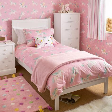 quarto rosa pequeno simples