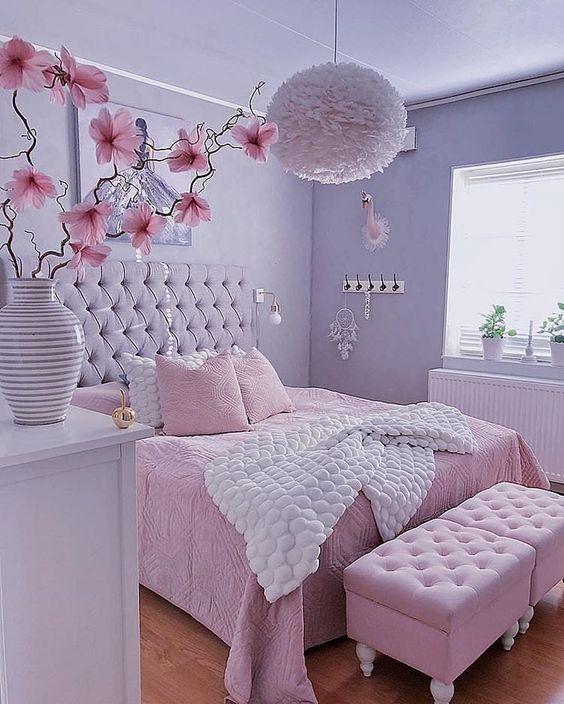 quarto rosa simples feminino